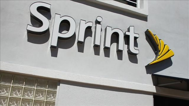 News video: Sprint Reconsiders T-Mobile Merger After Opposition